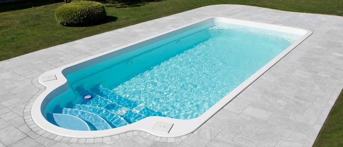 Luxe fibreglass swimming Skimmer Pool - Garda