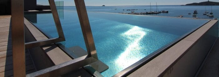 The Advantages of a Stainless Steel Pool | Paramount Pools