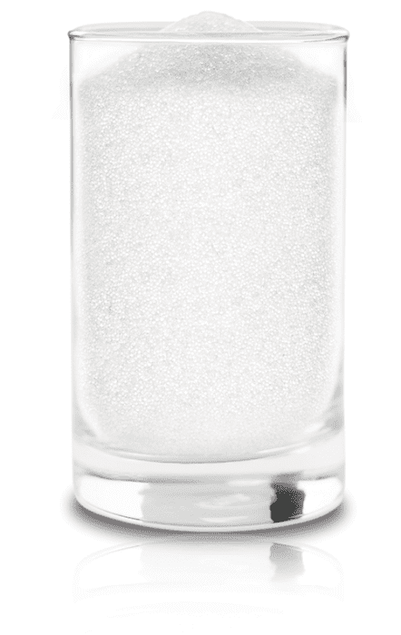 Glass of swimming pool glass pearls